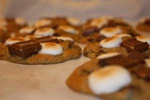 S'more Cookies | bsinthekitchen.com