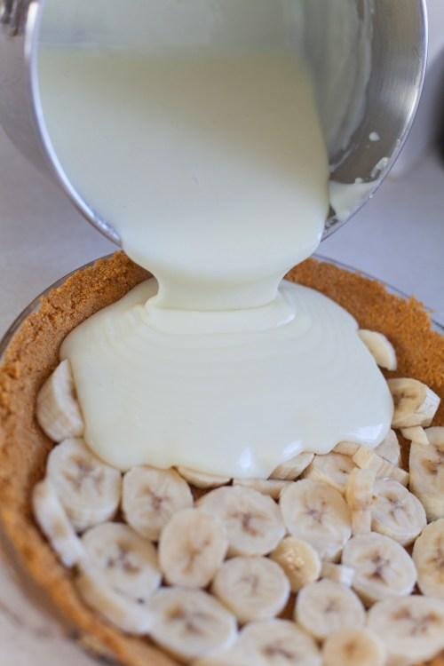 Old Fashioned Banana Cream Pie | #bsinthekitchen #bananacreampie