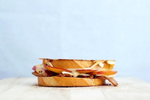 Plum, Bacon, Blue Cheese & Brie Grilled Cheese | bsinthekitchen.com #grilledcheese #sandwich #bsinthekitchen