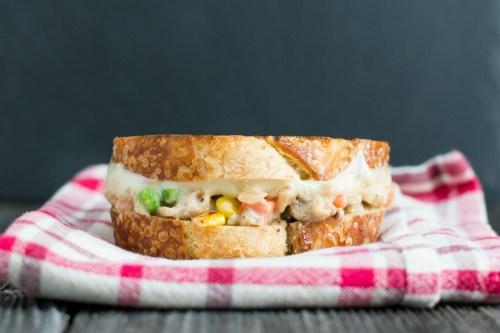Chicken Pot Pie Grilled Cheese | bsinthekitchen.com #grilledcheese #sandwich #bsinthekitchen
