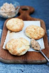 Buttermilk Biscuits | bsinthekitchen.com #bsinthekitchen #biscuits #dinner