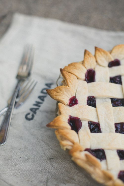 Saskatoon Berry Pie with Homemade Crust | bsinthekitchen.com #saskatoon #saskatoonberry #pie #saskatoonberrypie #homemadepiecrust #homemadecrust #homemadepie