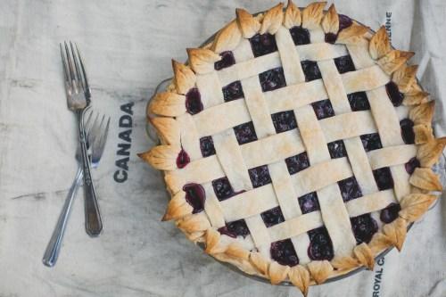 Saskatoon Berry Pie with Homemade Crust | bsinthekitchen.com #saskatoon #saskatoonberry #pie #saskatoonberrypie #homemadepiecrust #homemadecrust #homemadepie
