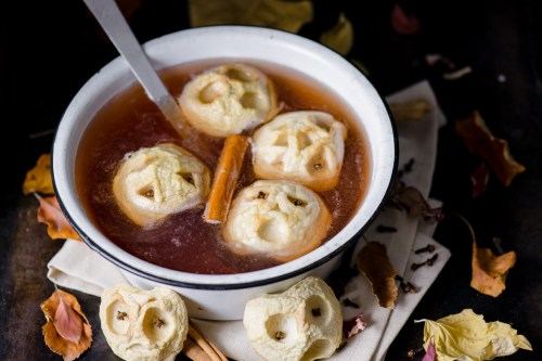Spooky Apple Cider Punch | bsinthekitchen.com #halloween #punch #bsinthekitchen