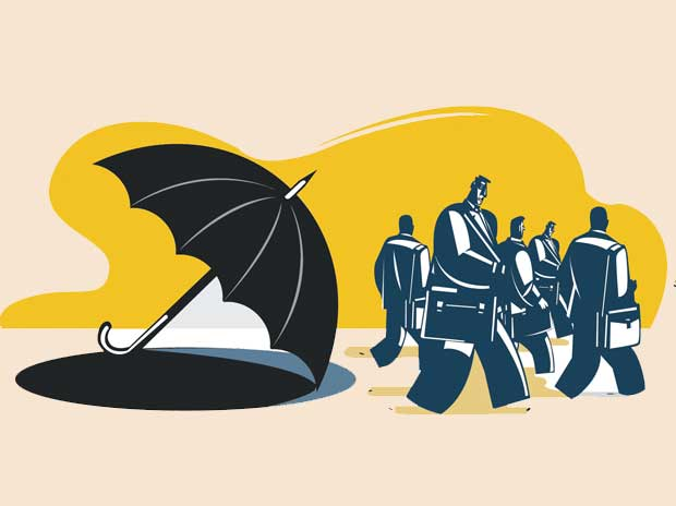 Insurance agents: Exits outnumber entry