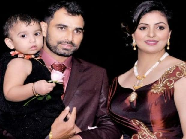 Mohammed Shami with his wife and children