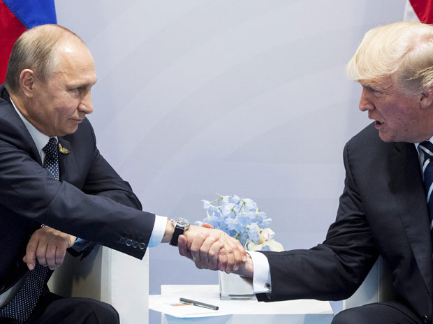 Trump-Putin chat for hours, not even Melania could separate the two