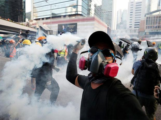 Hongkongers eye grim future as China approves national security law