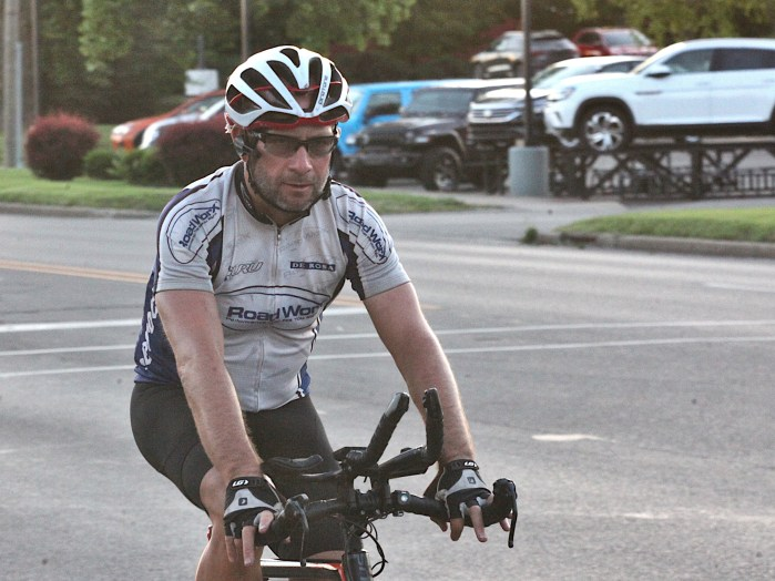 RAAM male solo competitor Mark Pattinson heading east on 3rd Street at Clarizz Boulevard (9:12 p.m. June 23, 2021).