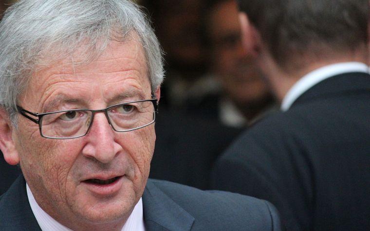 Peinlicher Auftritt? – Jean-Claude Juncker beim EU-Gipfel in Riga