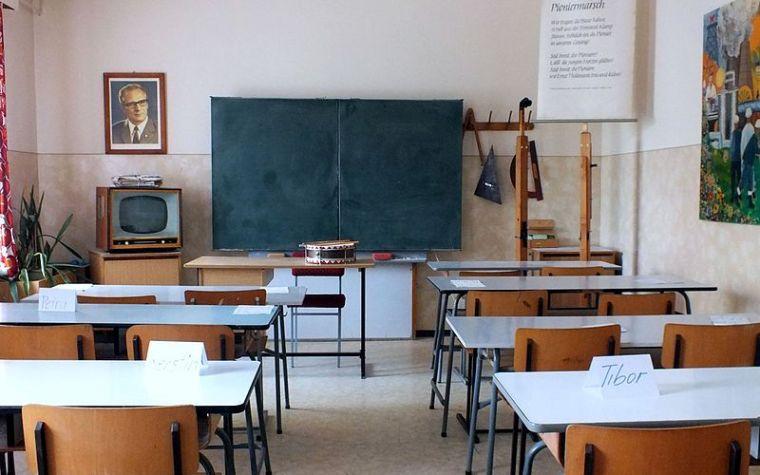 Klassenzimmer – Betreten auf eigene Gefahr