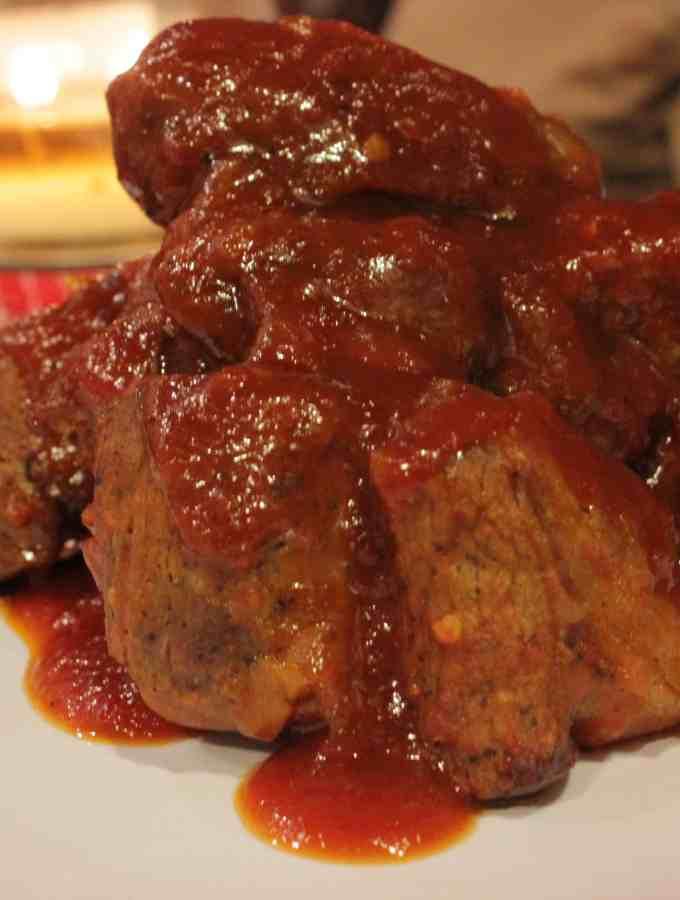 Beef Ribs and Homemade BBQ Sauce