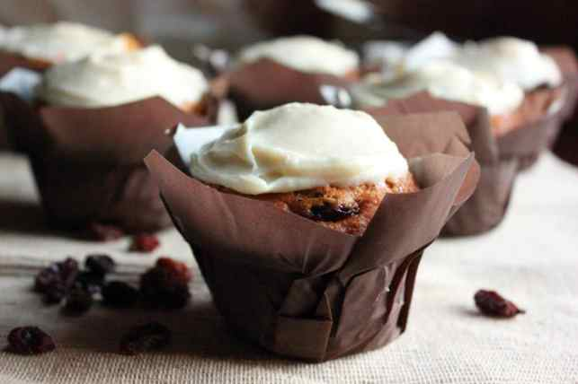Pumpkin Carrot Muffins with Cream Cheese Icing