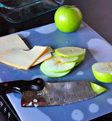 apples-cheese