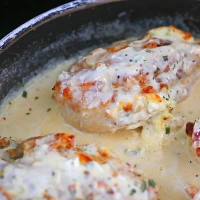 Jalapeño Popper Stuffed Chicken Breast