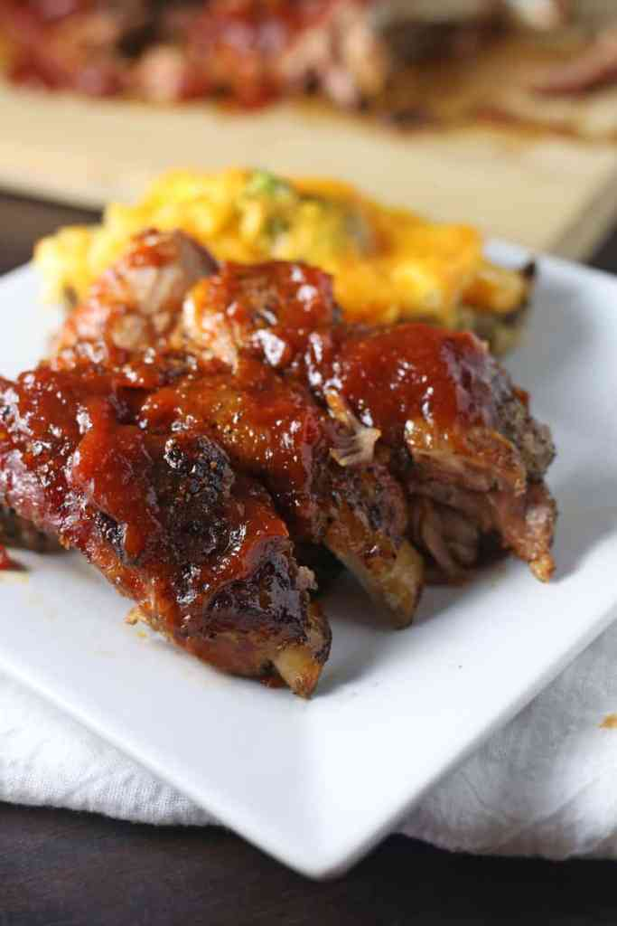 Crockpot Pork Ribs with Apple Barbecue Sauce