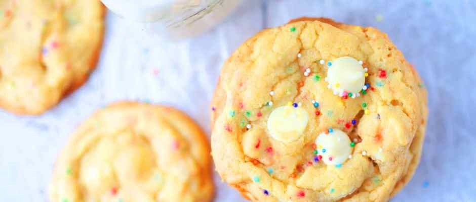 White Chocolate Chip Cake Batter Cookies