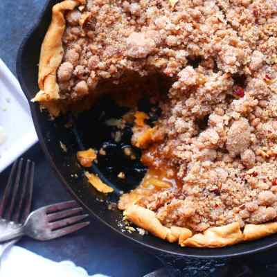 Skillet Dutch Apple Pie Recipe