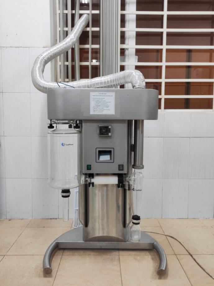 Spray-drying machine