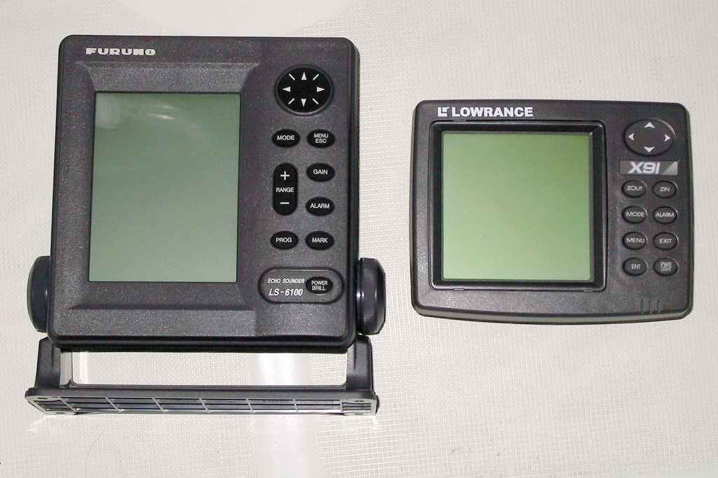Furuno and Lowrance monochrome sonars