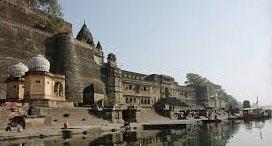 Bhopal – Maheshwar (4/5h drive)