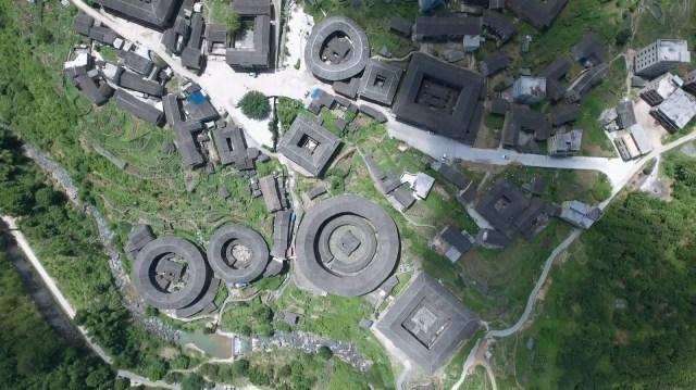 Les tulous, forteresses chinoises