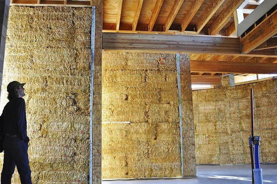 maisons écologiques faites de paille