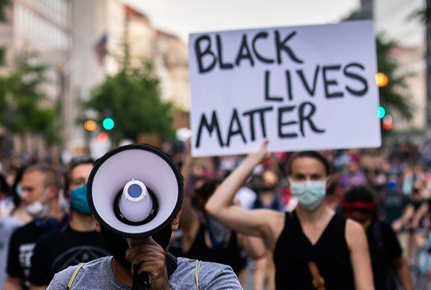 Reconstructing Hope: Black Religions in the Age of Black Lives Matter