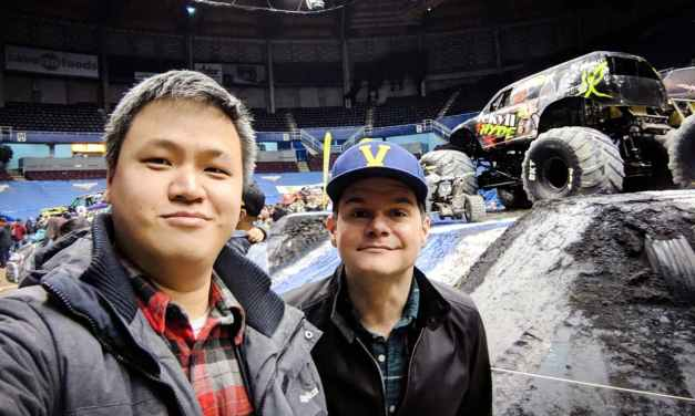 [VLOG] Monster Jam With Social Dad