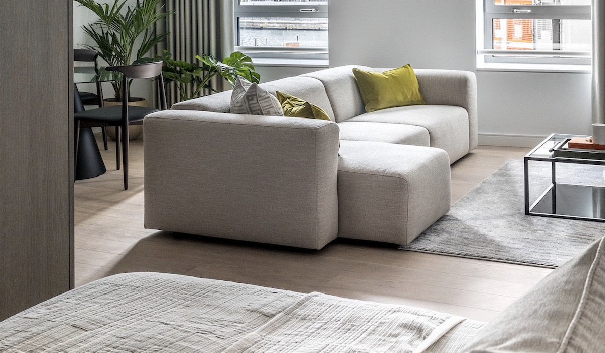 Lounge at Canary Wharf's Build to Rent development - AGC | BTR News