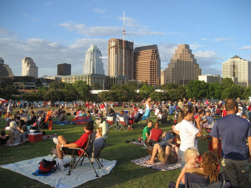 Seeing the Sights: A student's guide to an exciting spring break in Austin on a budget.