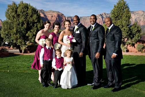 Wedding Surrounded by Red Rocks at Sedona Golf Resort
