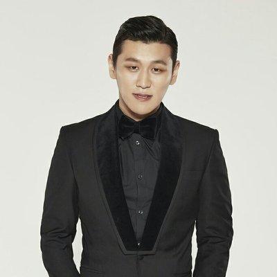 Kang Hong Suk(カン・ホンソク) Twitter