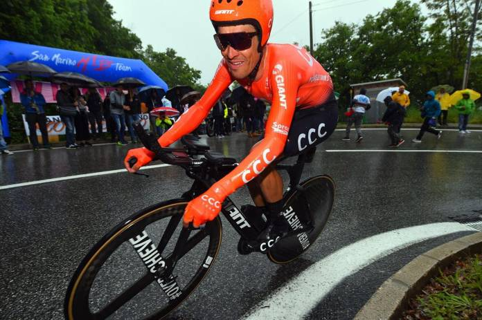 Primoz Roglic Volta A Impor-Se No Contrarrelógio E Sobe Ao Segundo Lugar No Giro D'Italia
