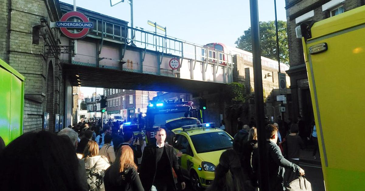 В итоге взрыва бомбы влондонском метро пострадали 22 человека