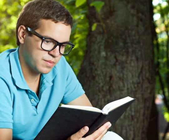 să citească