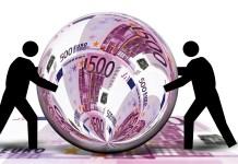 Aandelenuitgifte IPO beursintroductie 500 Euro Briefje Valuta Bal Rondje Schuiven Pion Geld