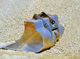 bouwstop bouwplaats graver graafmachine