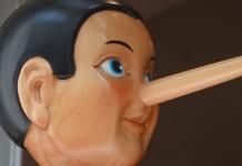 Liegen Pinokkio