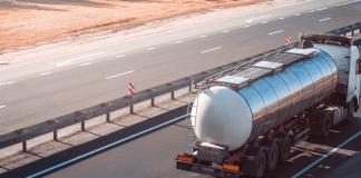 Brandstofwagen wegvervoer brandstof tankstations vrachtwagen