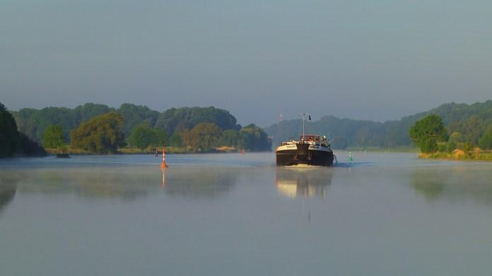Binnenvaart Rijnvaart Rivier Weser Vervoer Verzending