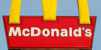 McDonald's fastfood snacks frites hamburger