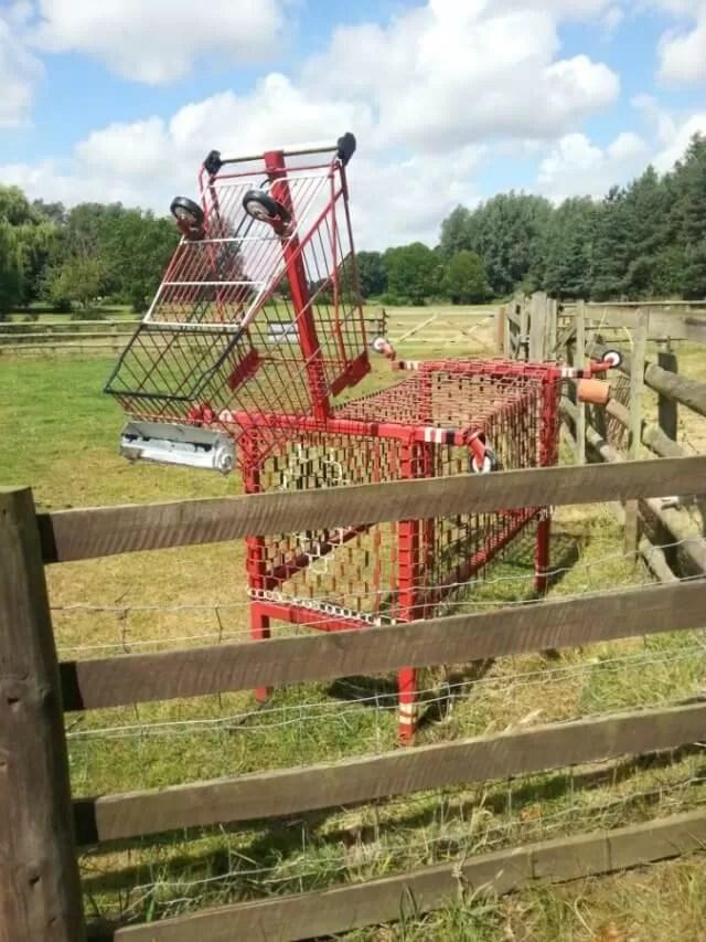 metal trolley horse