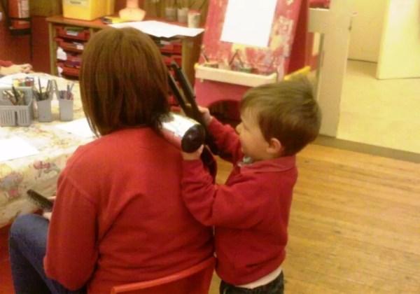 toddler hairdressing