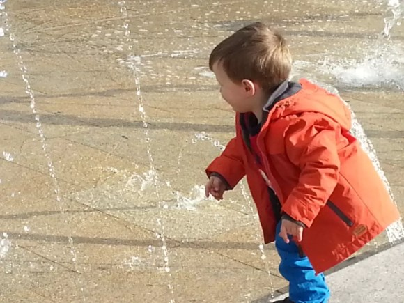 water fountain play