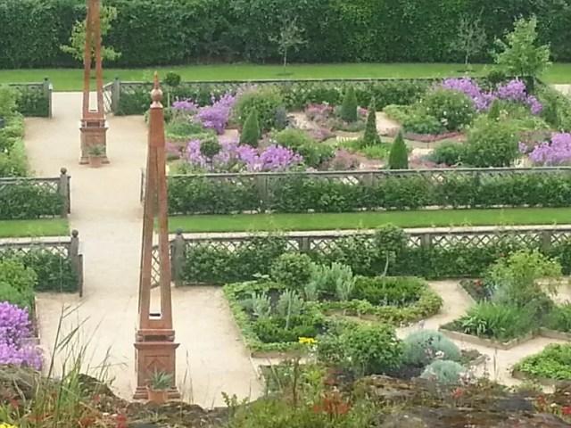kenilworth castle gardens