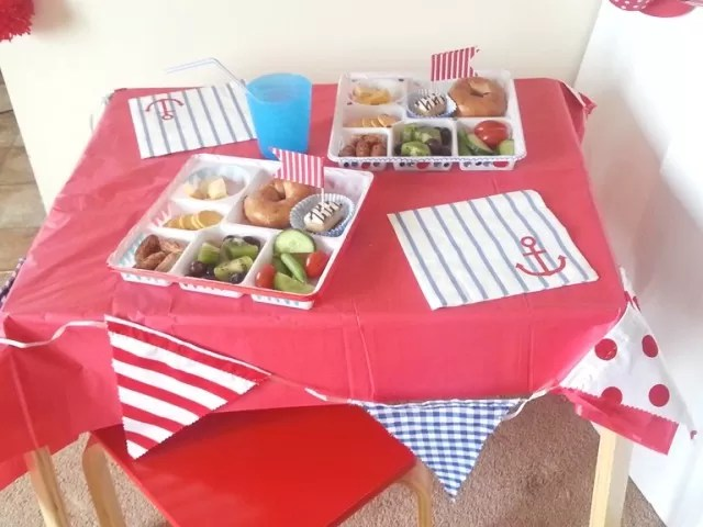 red blue and white theme party decorations