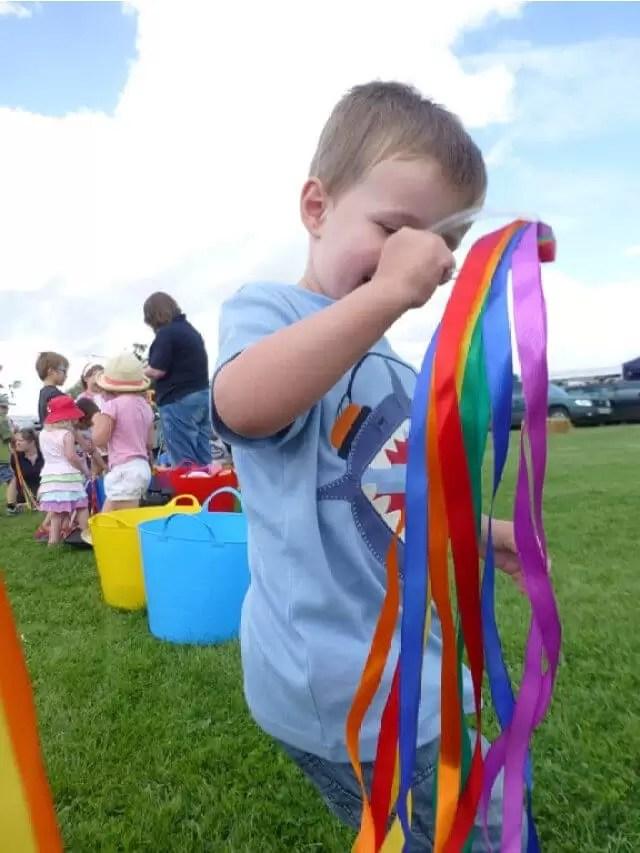 playing rainbow-music-ribbons