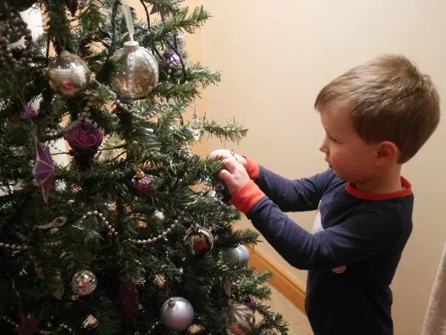 re-decorating the christmas tree
