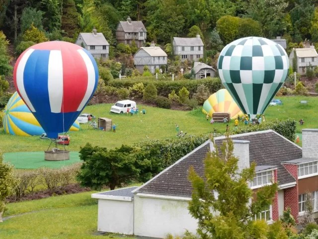 hot air balloon models